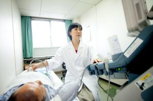 女性の患者さまにも安心の女性ドクターによる診察